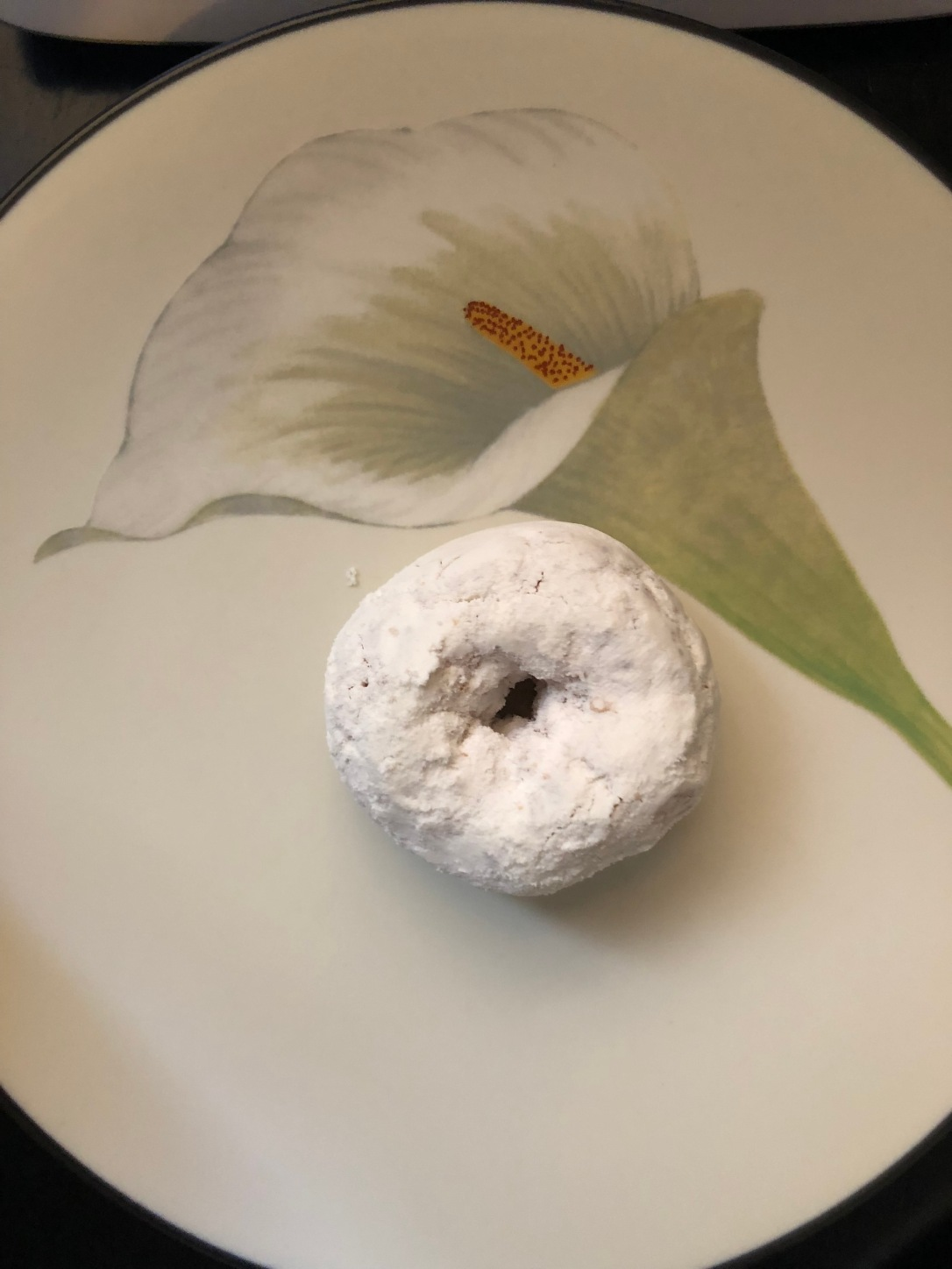 tastykake powdered sugar mini donut